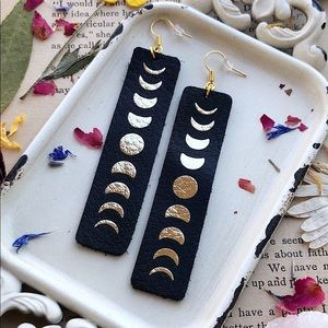 Moon Phase Leather Bar Earrings🌜Boho